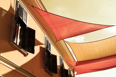 Benefits of waterproof retractable roof